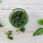 Kokos-Basilikum Pesto (vegan, Paleo)